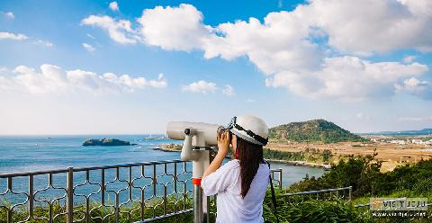 What is the Jeju Geo Trail? Take a one-night two-day trip to Suwolbong, a volcanic wonder 대표이미지