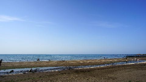 현무암등이 풍화되어 검은색모래를 띈 삼양검은모래해변은 여름철 찜질로 유명함<br>#삼양해수욕장 #삼양검은모래해수욕장