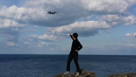 #용두암 근처공항가는길에<br><br>거의 5분마다 공항으로 도착하는비행기를보는재미도 잼있네요
