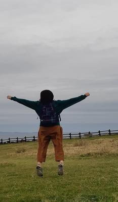 모로코에 8년간 살다가 잠시 한국에 온 친구와 제주에<br>다녀왔습니다 날씨가 좋지않아 배가 안뜰까 걱정했지만<br>다행스럽게도 마라도여행까지 목표달성!!!<br>친구는 정말 오랜만에 제주에 왔다며 즐거워했고 덕분에 다시 일상으로 복귀할 수 있는 힘을 얻었습니다<br>이번 제주여행은 추억여행이자 재충전의 시간이었어요<br>이렇게 힐링할 수있고 쉴수 있는 휴양지가 있어 너무 고맙네요<br>알 럽 제주♡