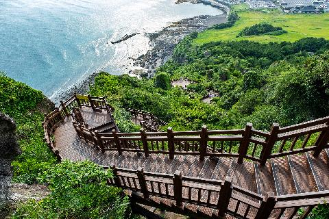 Where to Experience Jeju's UNESCO Accredited Natural Wonders 대표이미지